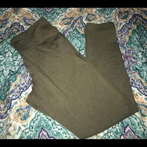 Aerie green chill play move leggings